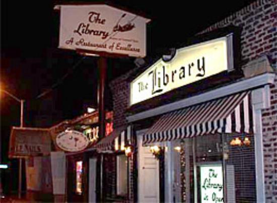library-restaurant
